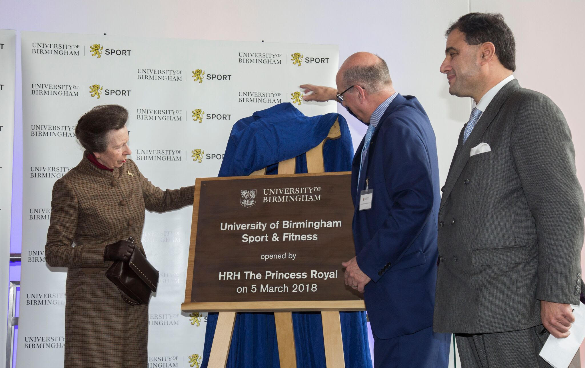 Princess Anne unveils a plaque at the Sport Centre