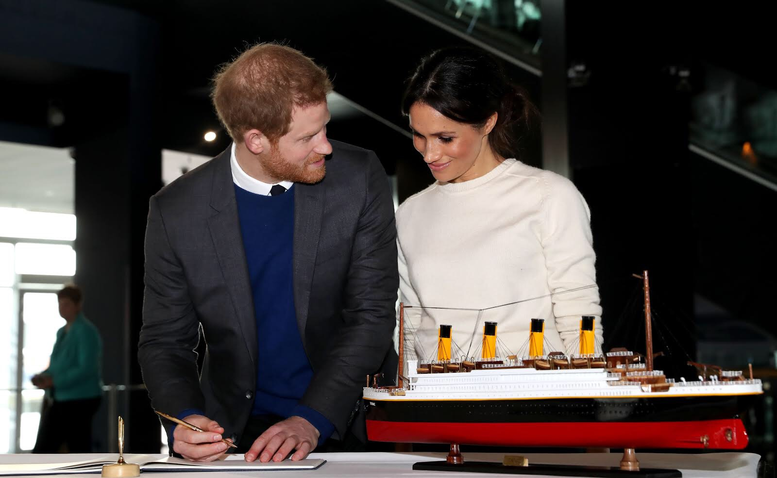 Harry and Meghan Pregnancy Announcement