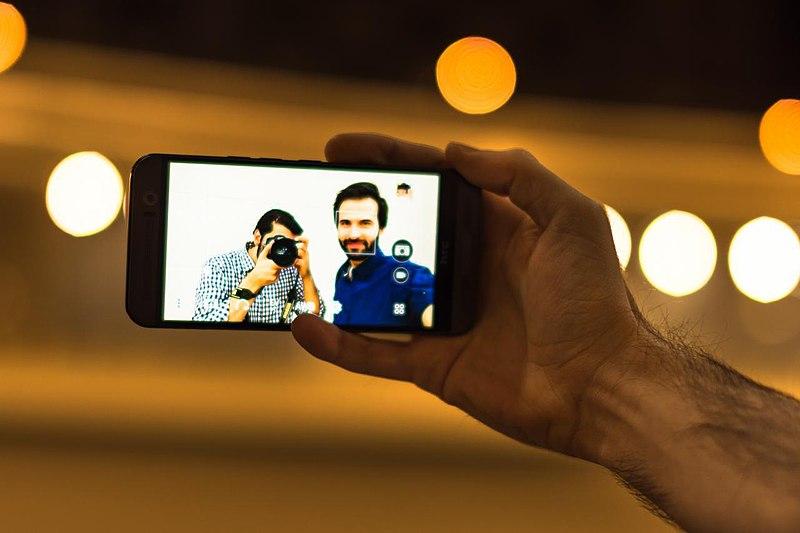 selfie-editing